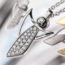 Guardian Angel pendant LUXE - white gold polished with pavé-set brillants